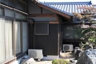4畳の増築と屋根瓦の葺おろし